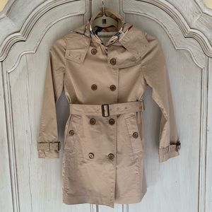 NWOT - Burberry Girls Trench Coat - Size 10